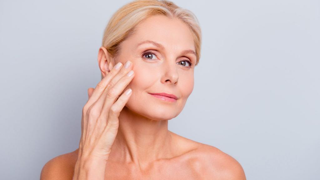 Bli kvitt rynker og slapp hud i ansikt og på hals, hender og bryst.